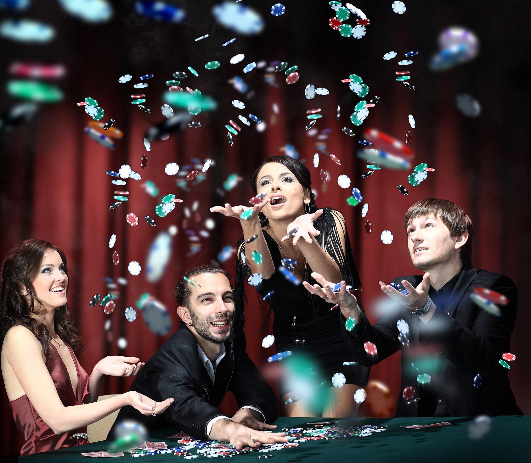 Casinoabend selber machen - wie organisiere ich eine Firmenfeier? Coole Ideen für Mottopartys